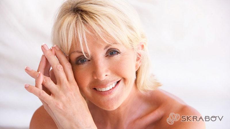 Омоложение лица после 50 лет без операции: профессиональные и домашние методики 5-2-1